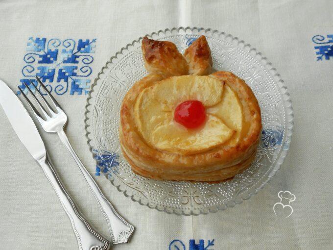Manzanita de hojaldre con manzana y crema