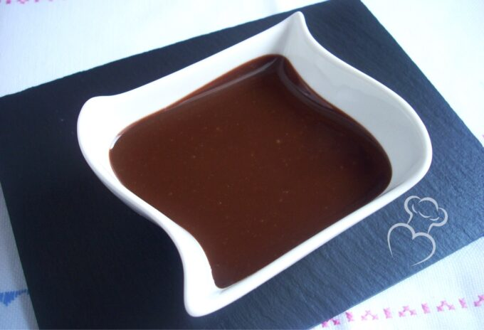 Glaseado de chocolate especial tartas