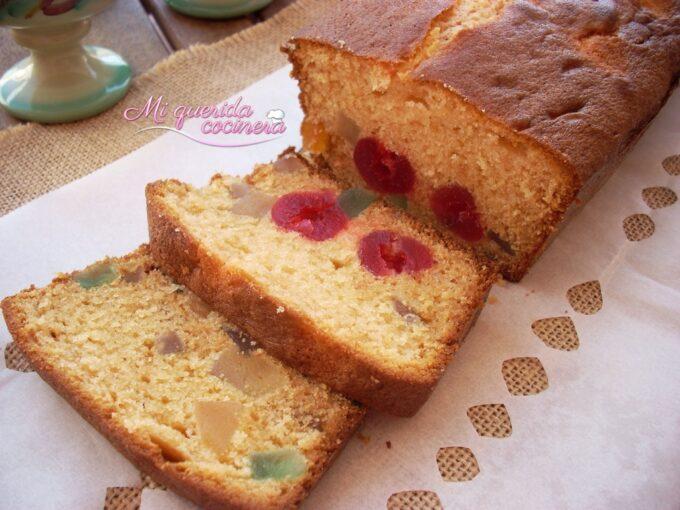 Plum cake o bizcocho de ciruelas