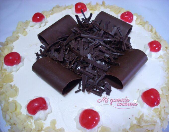 Adornos de chocolate especial tartas