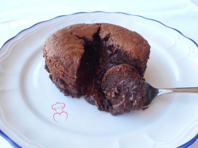 Coulant clásico de chocolate negro