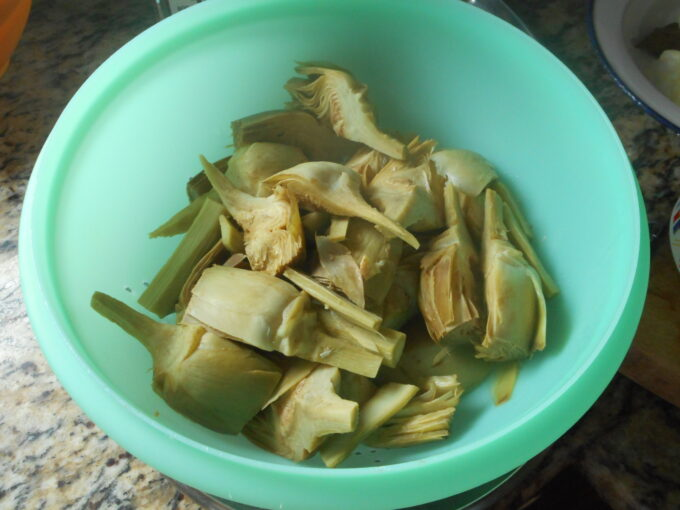 alcachofas salsa de almendras