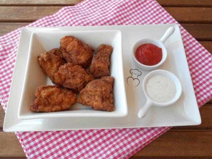 Fritura de pollo con especias estilo Kentucky