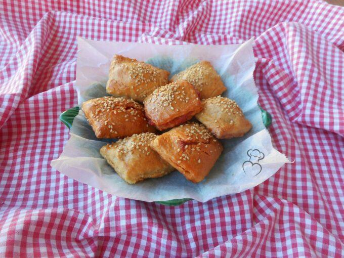Ravioli con masa de empanada al horno