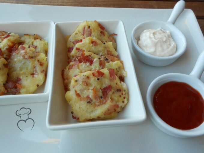 Tortita de patata, beicon y mostaza al horno