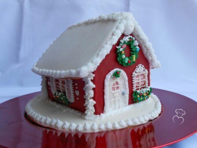 Casita navideña de galleta y glaseado