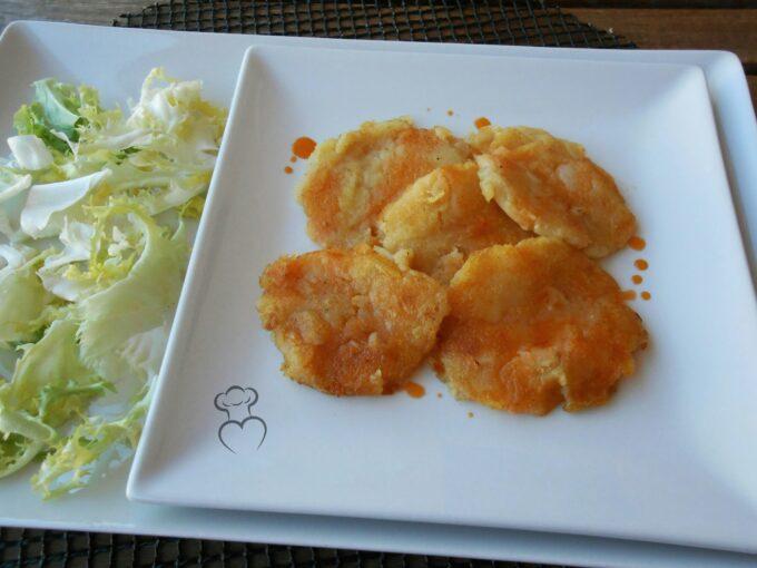 Tortitas de patata al ajillo de pimentón