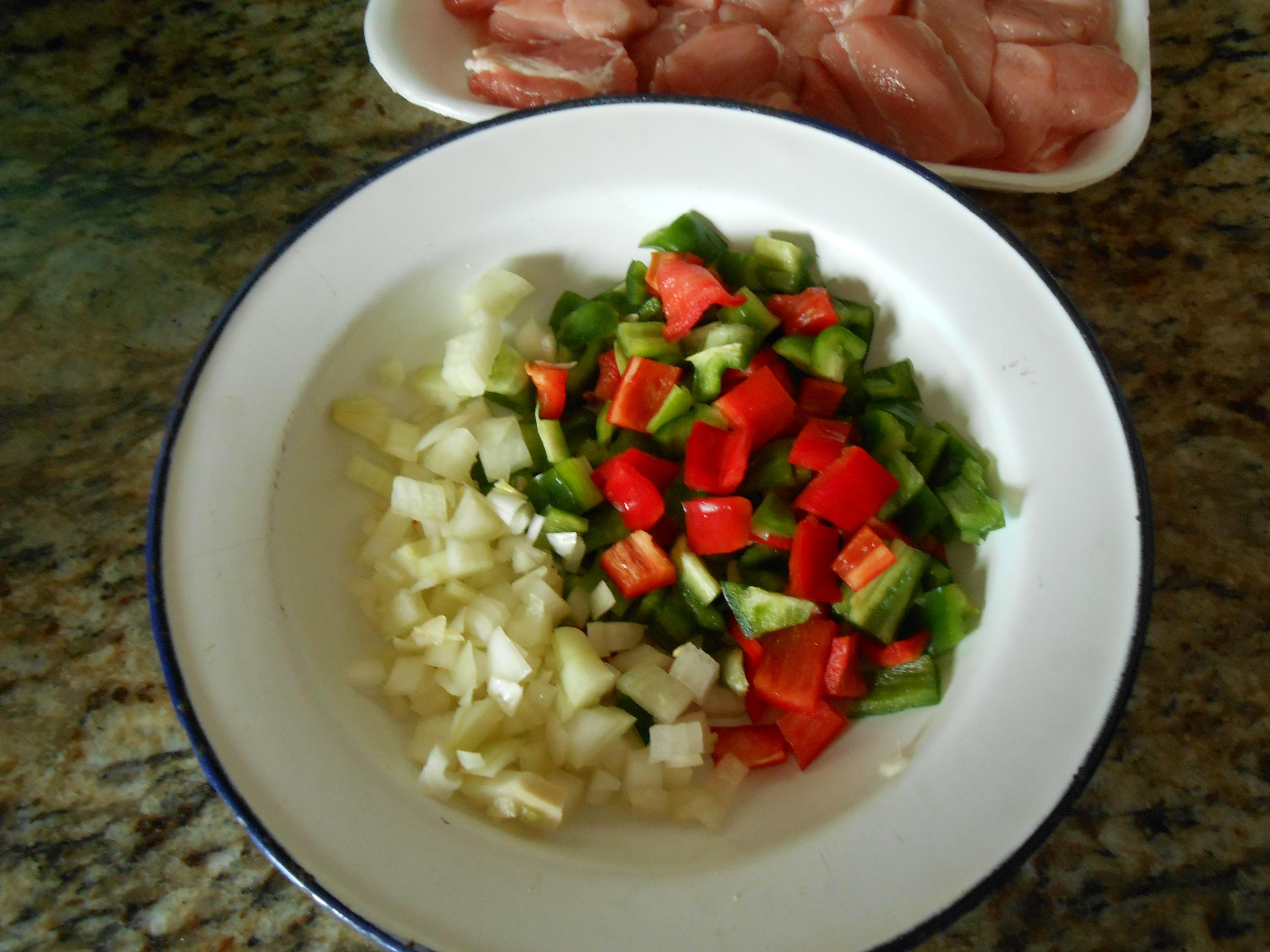Magro de cerdo en salsa de tomate