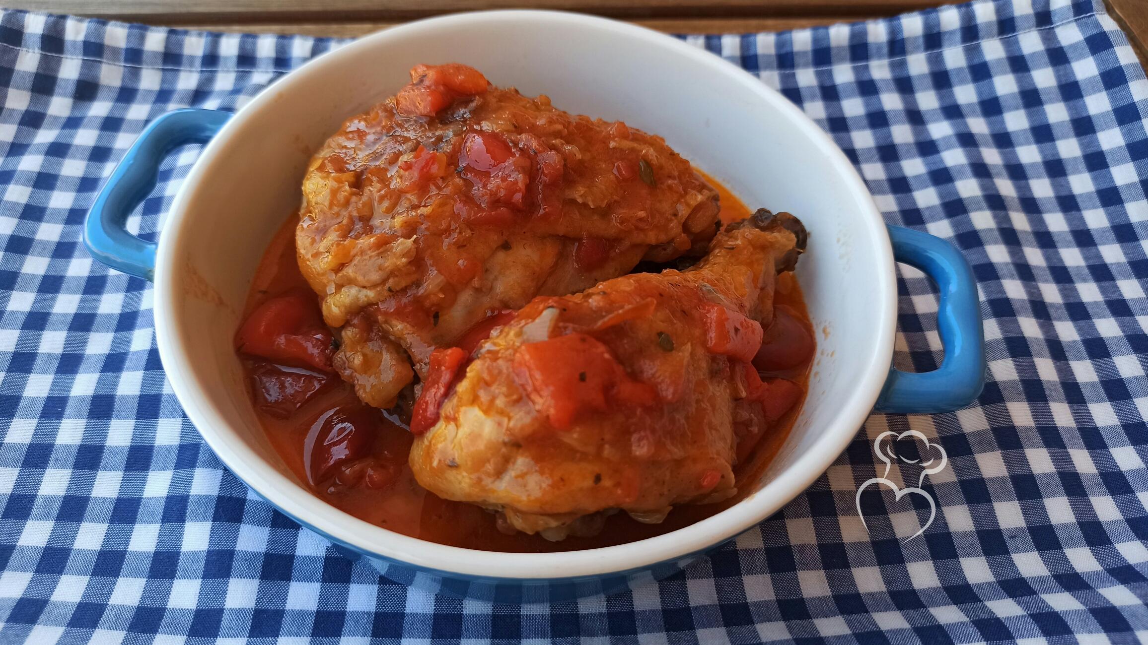 Pollo en salsa de tomate picante