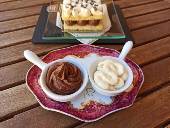 Cremas «Namelaka» de vainilla y chocolate